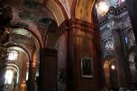 schmuckvolle, reich verzierte Pfarrkirche in der Altstadt von Poznan (Posen)