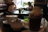 stilvolles Café in der Altstadt von Poznan (Posen)