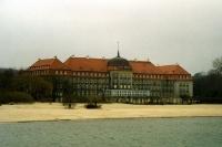 Gebäude an der Seebrücke von Sopot (Polen)