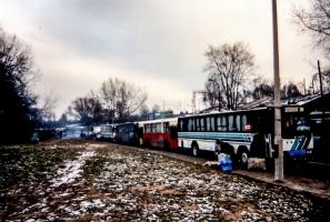 Reisebusse in Warschau (1995)