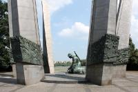 Mahnmal in Warschau an der Weichsel