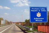 Willkommen in Serbien! Schild an der serbisch-kroatischen Grenze bei Batina und Bezdan