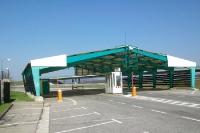 Verwaister Grenzübergang zwischen Österreich und der Slowakei bei Kittsee und Jarovce