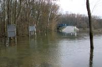 Und was nun? Hochwasser und Überflutungen am Grenzübergang zwischen Österreich und der Slowakei