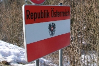 Willkommen in Österreich (Grenzübergang zur Slowakei)