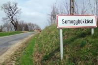 Ortseingang der ungarischen Ortschaft Somogybükkösd