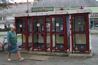 Telefonzellen in einer ungarischen Ortschaft
