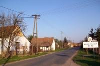 Ortseingang der südungarischen Ortschaft Röszke