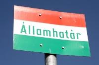 Allamhatar - Schild am Dreiländereck Ungarn, Österreich und Slowakei bei Deutsch-Jahrndorf