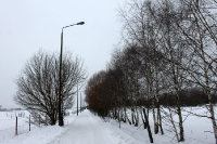 Wandern auf dem winterlichen Mauerstreifen