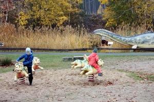 Spielplatz im Dino-Park