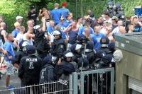 Anhänger des 1. FC Lok Leipzig wollen in das Babelsberger Stadion