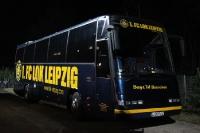 Mannschaftsbus des 1. FC Lokomotive Leipzig