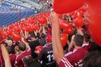 Den Glubb (Club) im Herzen, Fans des 1. FC Nürnberg beim Auswärtsspiel bei Hertha BSC in Berlin