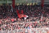 Anhänger des 1. FC Union Berlin auf der Waldseite