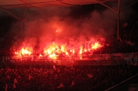 Pyrotechnik im Union Block beim Berliner Derby