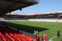 Leeres Stadion An der Alten Försterei nach der Partie gegen Alemannia Aachen