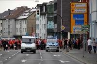 Union Berlin Fans in Bochum auf dem Weg zum Stadion