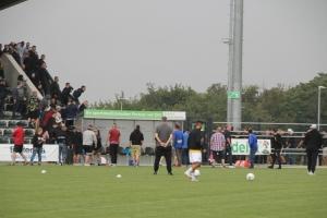 Aachen Fans versuchen Blocksturm in Velbert KFC Uerdingen vs. Alemannia Aachen Spielfotos 04-09-2021