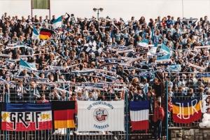 Fans des F.C. Hansa Rostock im Ostseestadion