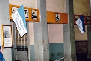Hansa-Beflaggung im Bahnhof