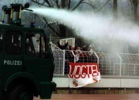 Wasserwerfer in Jena