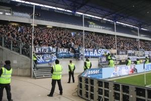 Fans und Ultras Arminia Bielefeld in Duisburg