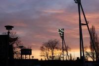 Friedrich-Ludwig-Jahn-Sportpark im Abendlicht