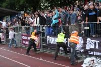 Fans des BFC Dynamo feiern den Finaleinzug