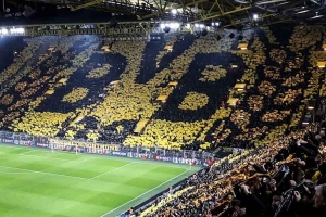 Borussia Dortmund vs. Paris Saint Germain