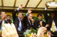 Möller, Sammer und Riedle feiern den Meistertitel mit dem BVB 09