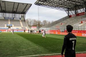 Kevin Grund Freistoßtor RWE vs. Borussia Mönchengladbach Spielszenen 20-03-2021