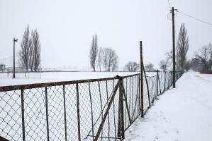 Sportplatz im Pulverschnee