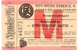 Rot-Weiss Essen vs. EFC Stahl