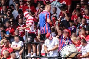 Energie-Fans vor dem Anpfiff