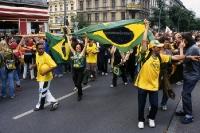 Brasilien-Fans feiern in Berlin
