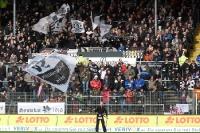 Fans des SV Sandhausen beim Heimspiel