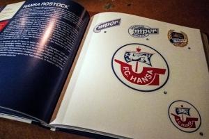 Fußballwappen (Buch von Hardy Grüne)