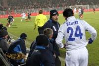 Nizami Hajiyev bereitet sich auf die Einwechslung vor, Nationalmannschaft Aserbaidschan