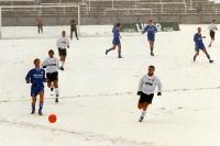 Fußball spielen auf Schnee