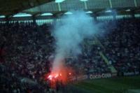 Pyrotechnik Anfang der 90er Jahre im Leverkusener Ulrich-Haberland-Stadion