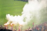 Bengalos im Ulrich-Haberland-Stadion von Bayer 04, Anfang 90er Jahre