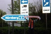 Auf dem Weg nach Nürnberg mit FC Berlin und Bayer 04 Schal