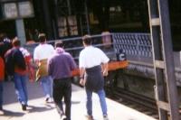 Bayer-04-Fans kommen am Leipziger Hauptbahnhof an, 1994