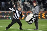 Warmtrommeln für das Duell PAOK gegen Panathinaikos