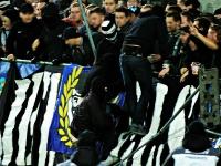 Auseinandersetzungen am Gästeblock, Austria Salzburg vs. Sturm Graz