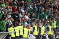 Ordner schlichten Konflikt im Stadion Dolicek