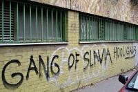 Graffiti Gang of Slavia Hooligans in Prag, Tschechien
