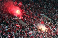 Pyrotechnik nach dem 1:0 des SK Slavia gegen Sparta Praha