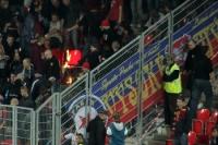 Sparta-Fans verbrennen Slavia-Schals